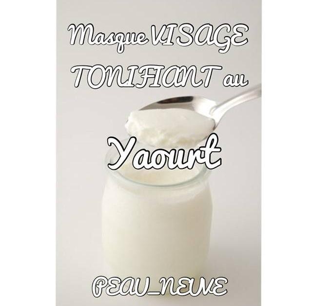 MASQUE TONIFIANT AU YAOURT
