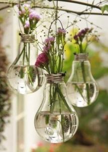 ampoule vase DIY
